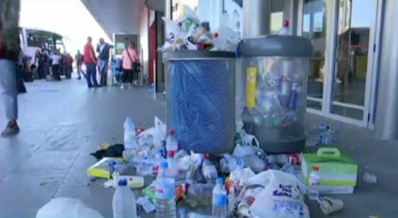 Desconvocada+la+vaga+de+neteja+a+l%27Aeroport+de+Menorca+mentre+que+a+Eivissa+es+mant%C3%A9