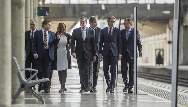 Rajoy+anuncia+noves+inversions+en+el+XXV+aniversari+de+l%27AVE