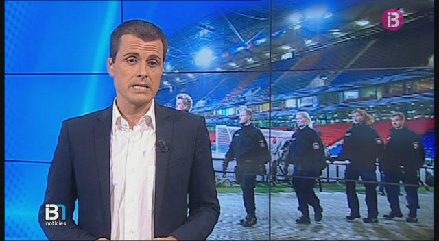 Suspenen+el+partit+amist%C3%B3s+de+futbol+entre+Alemanya+i+Holanda+i+evacuen+l%27estadi
