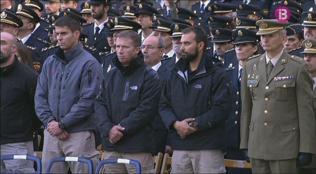 Els+reis+presideixen+el+funeral+d%27Estat+pels+dos+policies+que+moriren+divendres+passat+a+Kabul