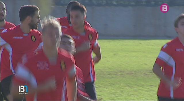 Brandon+entrena+amb+la+resta+de+la+plantilla+i+podria+jugar+dissabte+contra+el+Girona