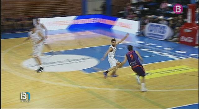 El+Palma+Air+Europa+perd+la+segona+pla%C3%A7a+a+Oviedo+%2881-74%29