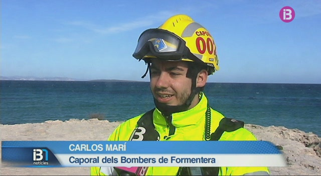 Localitzat+el+caiac+de+l%27home+de+57+anys+desaparegut+entre+Eivissa+i+Formentera