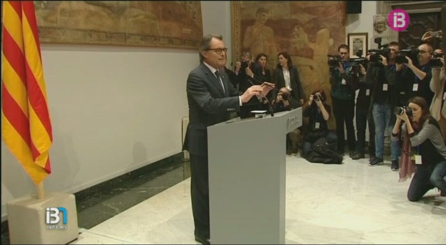 Artur+Mas+renuncia+a+la+seva+acta+de+diputat