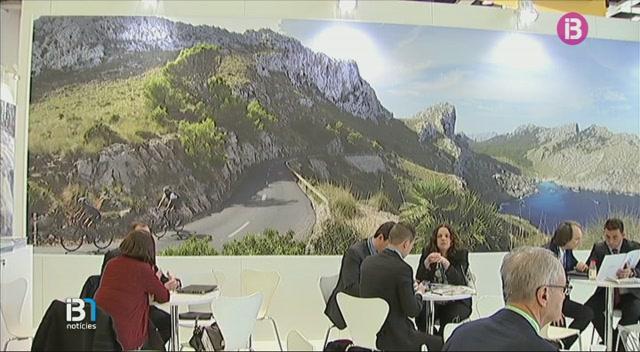 Les+Balears+es+preparen+ja+per+rebre+una+allau+de+turistes