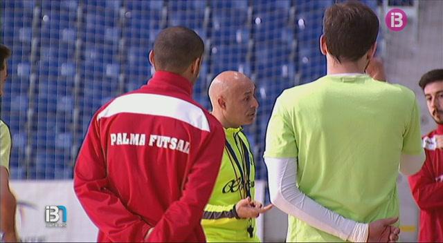 El+Palma+Futsal+defensa+la+quarta+pla%C3%A7a+davant+el+Llevant