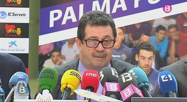 El+Palma+Futsal+se+suma+al+centenari+del+Mallorca+vestint+de+vermell