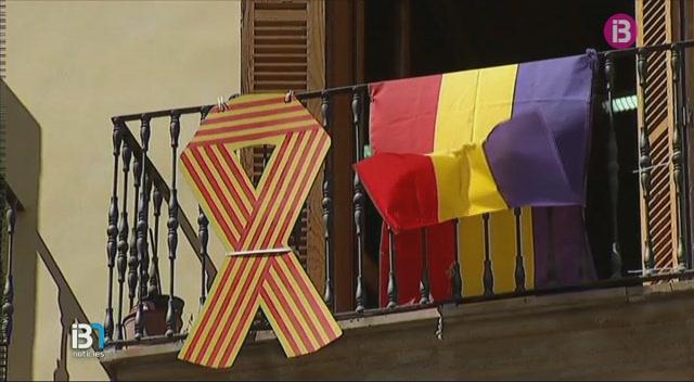 Guerra+de+banderes+a+Cort