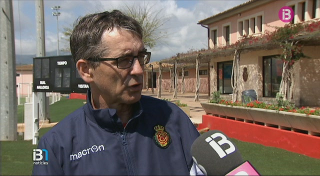 Fernando+V%C3%A1zquez+insisteix+que+el+Mallorca+pujar%C3%A0+a+Primera+l%27any+que+ve+amb+ell+a+la+banqueta