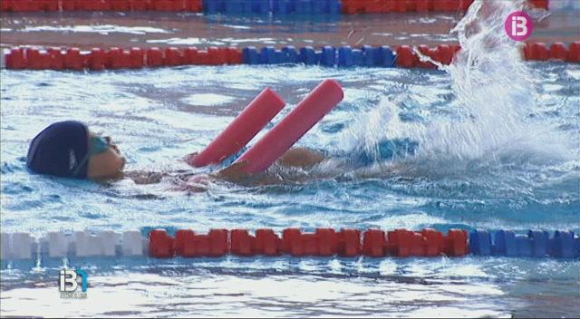 M%C3%A9s+de+10.400+piscines+a+Eivissa
