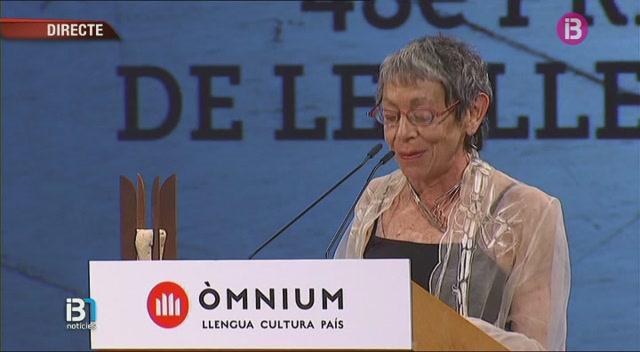 L%27escriptora+mallorquina+Maria+Ant%C3%B2nia+Oliver+rep+el+Premi+d%27Honor+de+les+Lletres+Catalanes