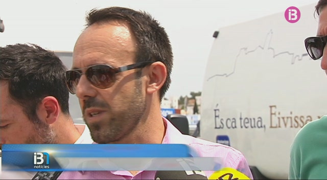 Nous+vehicles+de+neteja+a+Eivissa