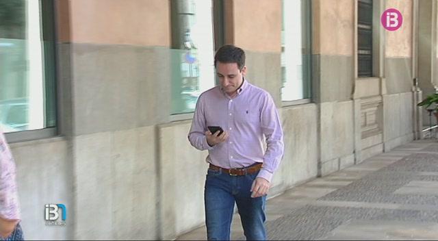 Miquel+Vidal+destitueix+el+secretari+general+del+PP%2C+Andreu+Ferrer