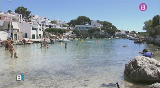 Centenars+de+persones+es+banyen+avui+a+Menorca+per+l%27esclerosi+m%C3%BAltiple