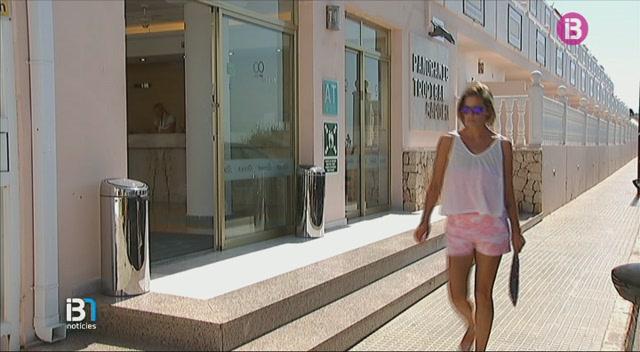 Un+jove+rus+mor+avui+de+matinada+en+un+hotel+d%E2%80%99Eivissa
