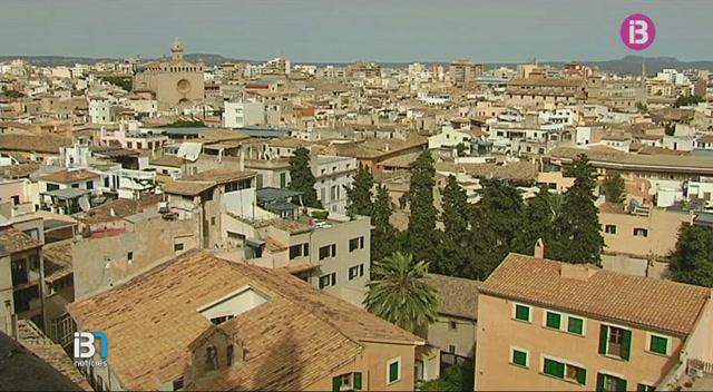 Resposta+massiva+a+les+visites+gratu%C3%AFtes+a+les+terrasses+de+la+Seu+de+Mallorca