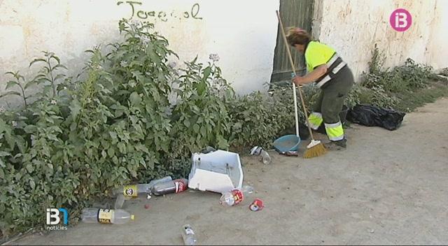 Accidentada+festa+a+Ciutadella+que+acaba+amb+un+ferit+i+una+persecuci%C3%B3