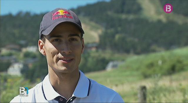 El+triatleta+Mario+Mola+lluita+avui+per+una+medalla+ol%C3%ADmpica