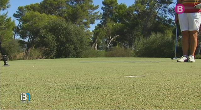 Medi+Ambient+ha+obert+un+expedient+a+un+camp+de+golf+de+Mallorca+per+extreure+aigua+de+manera+il%C2%B7legal