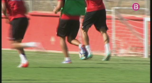 Roberto+Santamar%C3%ADa+i+Juan+Rodr%C3%ADguez%2C+lesionats%2C+no+jugaran+amb+el+Mallorca+a+Lugo