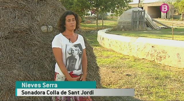 Nieves+Serra+i+Ester+Torres%2C+dues+dones+dins+les+colles+de+ball+pag%C3%A8s+d%27Eivissa