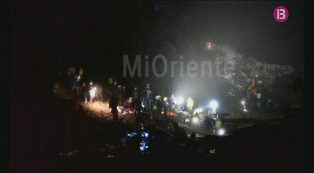 75+persones+moren+en+un+accident+aeri+a+Col%C3%B2mbia