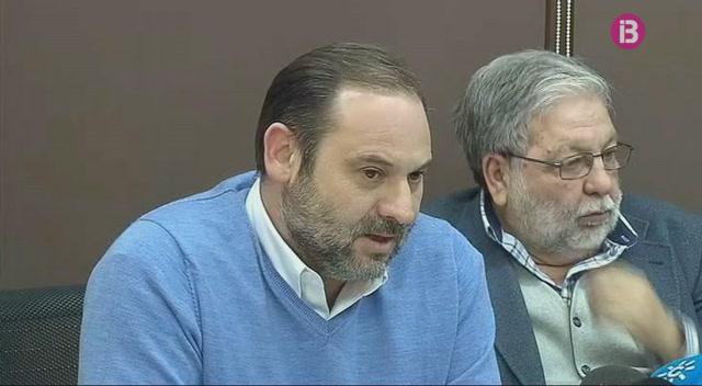 Un+grup+de+socialistes+demana+a+Pedro+S%C3%A1nchez+que+es+decideixi+a+presentar-se+a+les+prim%C3%A0ries+del+PSOE