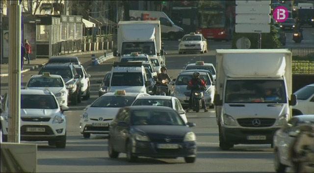 Madrid+prohibeix+la+circulaci%C3%B3+dins+l%27%C3%A0rea+de+l%27M-30+a+la+meitat+dels+vehicles