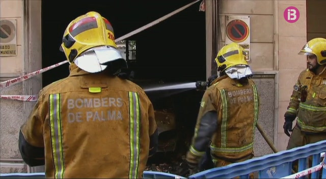 5+ferits+en+un+incendi+a+un+garatge+de+Palma
