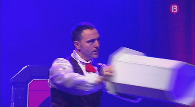 M%C3%A0gia+i+cabaret+al+Teatre+Sans