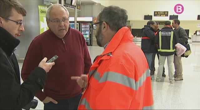 Els+treballadors+de+l%27aeroport+de+Menorca+amenacen+amb+anar+a+vaga