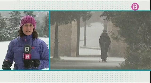 Lluc+incomunicada+a+causa+de+la+nevada