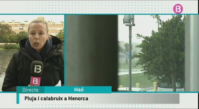 La+pluja+i+el+calabruix+afecten+de+ple+Menorca