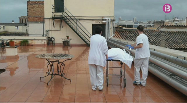 L%27avaria+d%27un+ascensor+obliga+a+traslladar+pacients+i+difunts+per+la+terrassa+de+l%27Hospital+General
