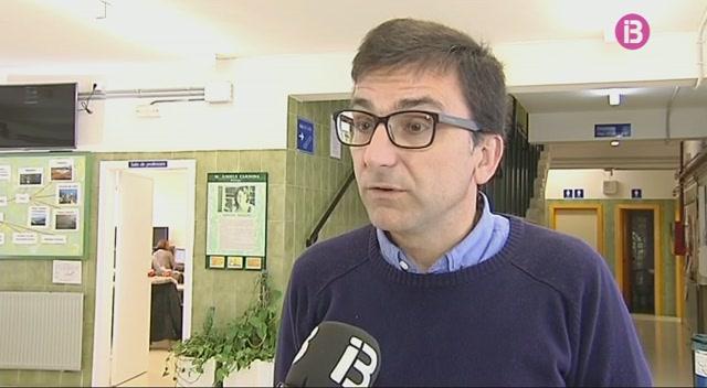 El+sector+privat+i+acad%C3%A8mic+demanen+una+escola+d%27hoteleria+de+Menorca