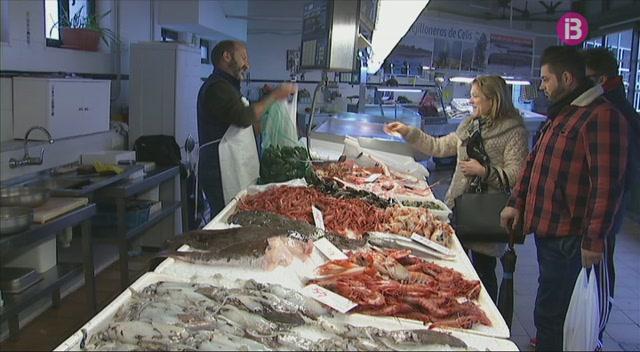 Pescadors+de+Ma%C3%B3+promouen+comercialitzar+un+brou+de+peix+de+Menorca+amb+ajuts+europeus