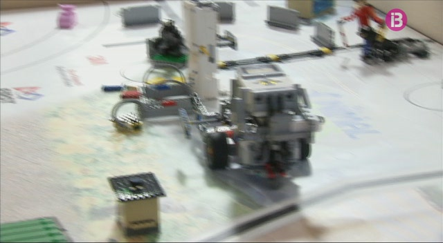 Primera+lliga+Lego+a+la+UIB+per+despertar+l%27inter%C3%A8s+per+la+ci%C3%A8ncia+entre+els+infants