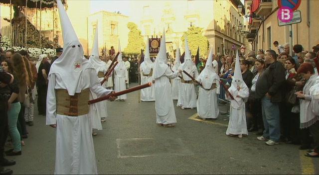 El+Bisbat+de+Mallorca+exigeix+el+certificat+de+delictes+de+Naturalesa+Sexual+a+tot+aquell+que+treballi+amb+menors