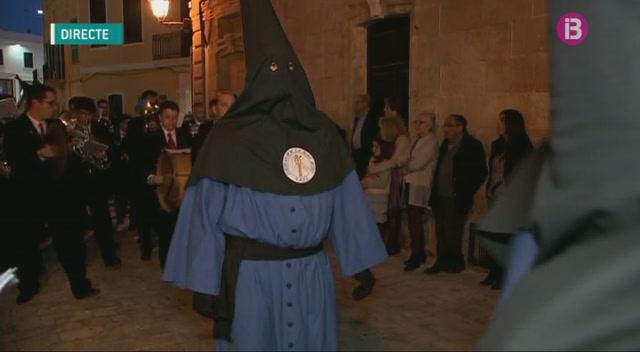 Molt+de+sentiment+i+solemnitat+a+la+process%C3%B3+de+Divendres+Sant+a+Ciutadella