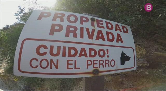 Excursionistes+d%27Eivissa+denuncien+la+privatitzaci%C3%B3+de+la+costa+de+Porroig+amb+tanques