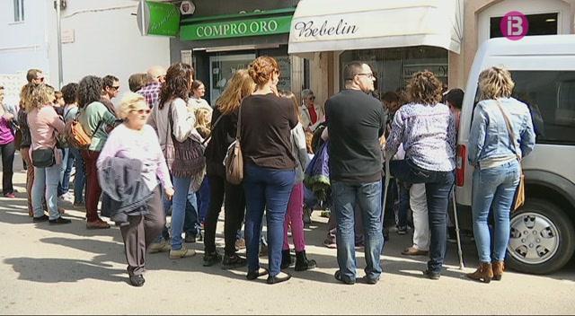 Ferreries+celebra+trobades+per+contar+rondalles+als+m%C3%A9s+petits