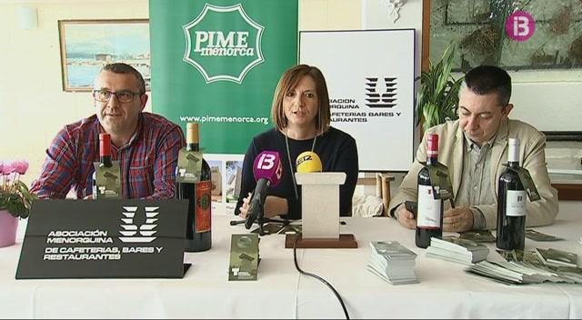 Una+nova+etiqueta+de+la+Menorca+talai%C3%B2tica+per+a+les+botelles+de+vi