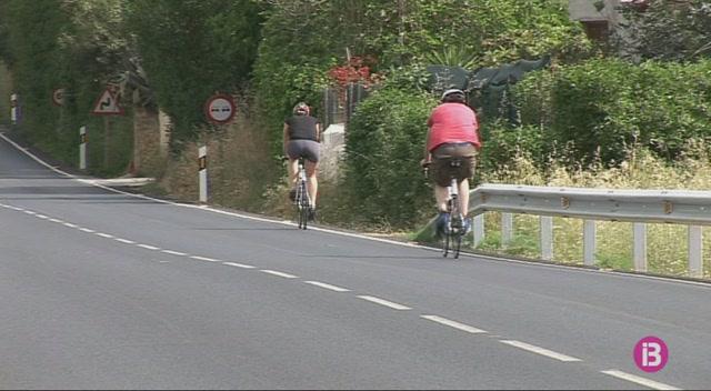 Els+clubs+de+ciclisme+d%27Eivissa+volen+que+es+cre%C3%AF+una+zona+segura+per+al+cicloturisme