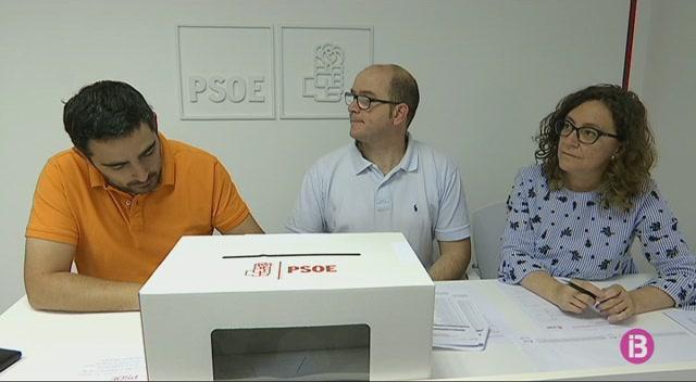Els+socialistes+de+Menorca+voten+per+Pedro+S%C3%A1nchez