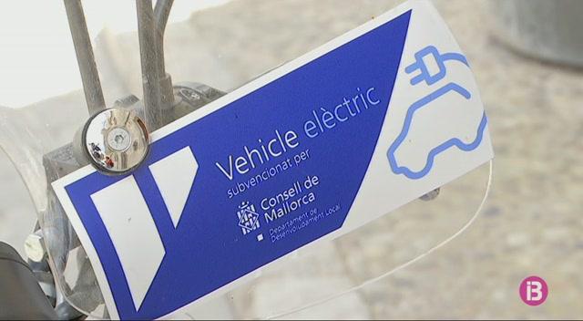 Els+ajuntaments+de+Mallorca+renoven+les+seves+flotes+amb+vehicles+el%C3%A8ctrics