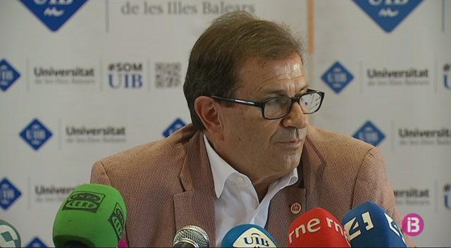 Lloren%C3%A7+Huguet+repeteix+com+a+rector+de+la+UIB
