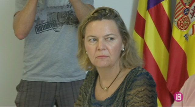 Els+refor%C3%A7os+policials+augmentaran+un+36%25+aquesta+temporada+a+Sant+Antoni