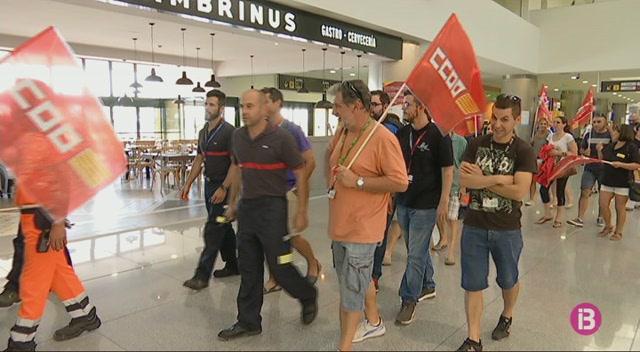 Els+treballadors+d%27Aena+amenacen+de+fer+vaga+si+no+s%27incrementa+la+plantilla+a+Menorca