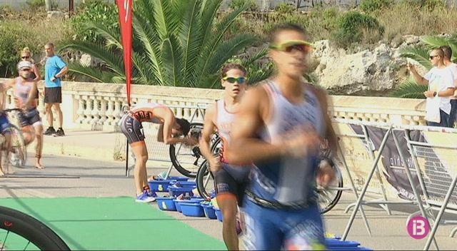 Miquel+Riusech+i+Xisca+Tous%2C+campions+de+Balears+de+triatl%C3%B3+sprint+a+Ciutadella