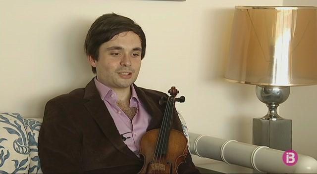 El+violinista+Francisco+Fullana+rep+el+premi+Ramon+Llull+del+Club+Rotary+Palma